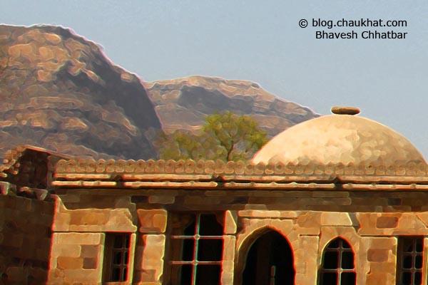 Shahar ki Masjid [Bohrani] at Champaner-Pavagadh Archaeological Park - Crop 3