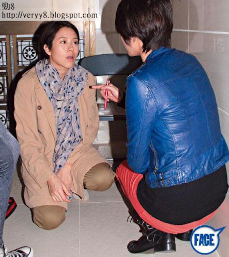 蹲低危險 <br><br>Gigi在片場經常提醒林嘉欣小心個胎,見佢突然蹲低, Gigi即刻上去了解,仲緊張過嘉欣。