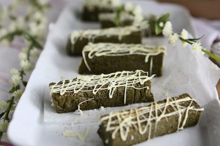 vegan gluten free matcha protein bars