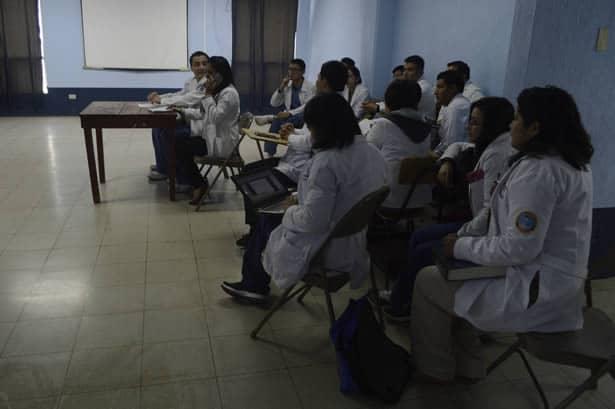 Paralizan consulta externa de hospital de San Marcos