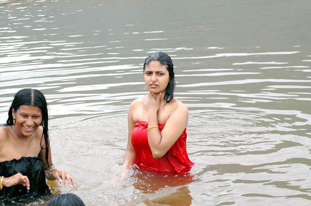 https://lh5.googleusercontent.com/-uTJY31jenIc/TY1IUCG3AXI/AAAAAAAABlg/fStPe0b2Mzk/s640/tamil+movie+nanjupuram+hot+actress++monica+masala+wet+bathing+stills-03.jpg