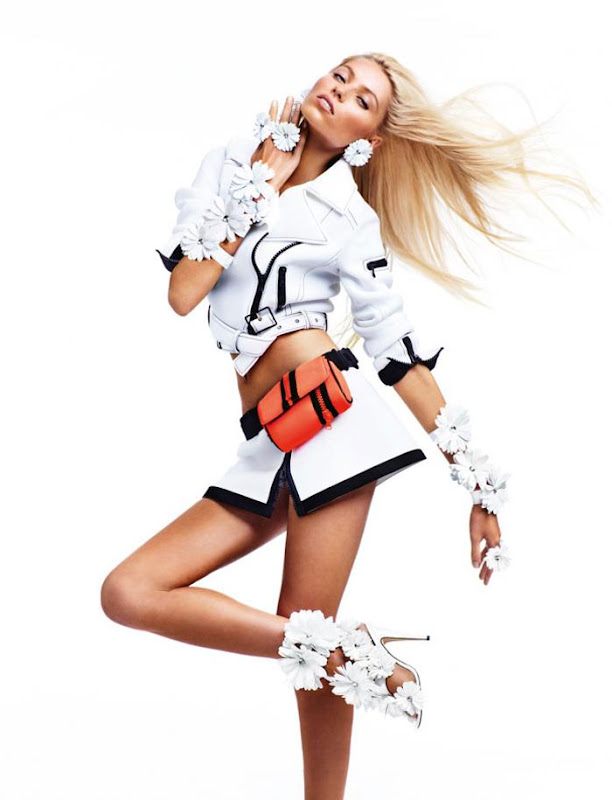 Blumarine Eyewear Fashion Campaign Spring-Summer 2012