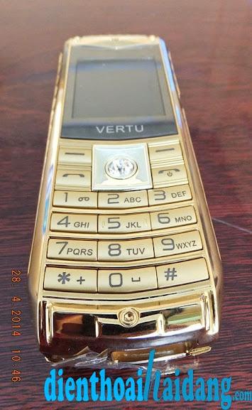Điện thoại Vertu V8 3 sim 3 sóng siêu sang