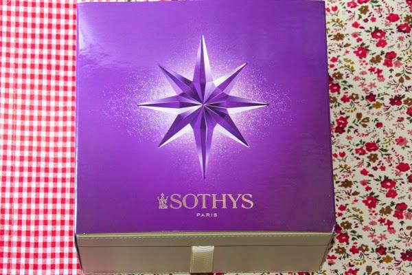 set kotak barang kemas Sothys
