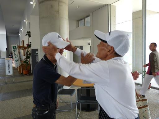 再会を喜ぶ、飯田さんと信治さん