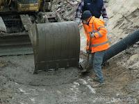 Escavatori a risucchio usati in caso di calamità naturali
