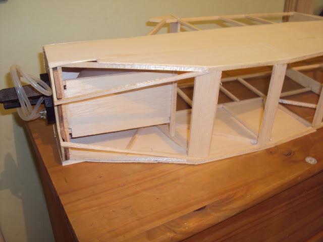 Construção Piper PA-18 210cm ( Começando asa ) DSC01556