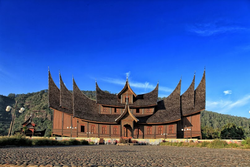 Rumah Gadang, 2012. photo by ahmadzakaria.net