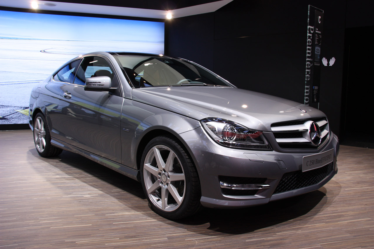 Mercedes clase c coup for Mercedes benz c coupe