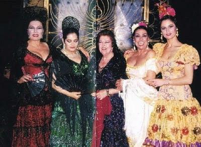 Imperio Arrgentina(centro) con Juanita Reina, Rocio Jurado, Maria Vidal y Nati Mistral