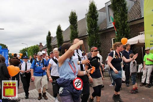 Vierdaagse van Nijmegen door Cuijk 20-07-2012 (21).JPG
