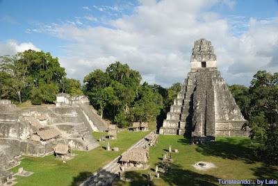 Gran Plaza Tikal