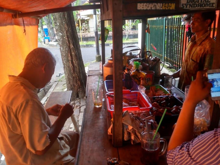 Angkringan Pak Mo Piri