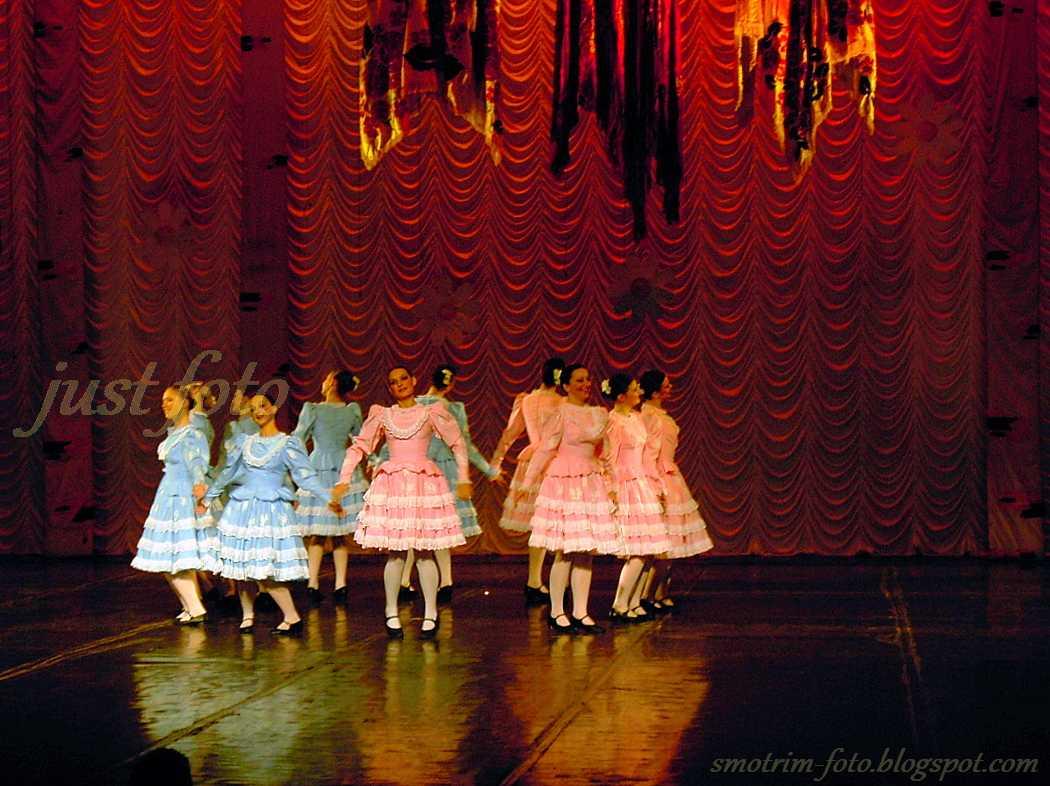 Ансамбль танца Россияночка фото