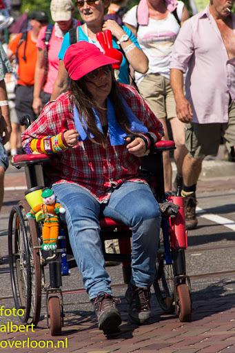 vierdaagse door cuijk 18-7-2014 (44).jpg