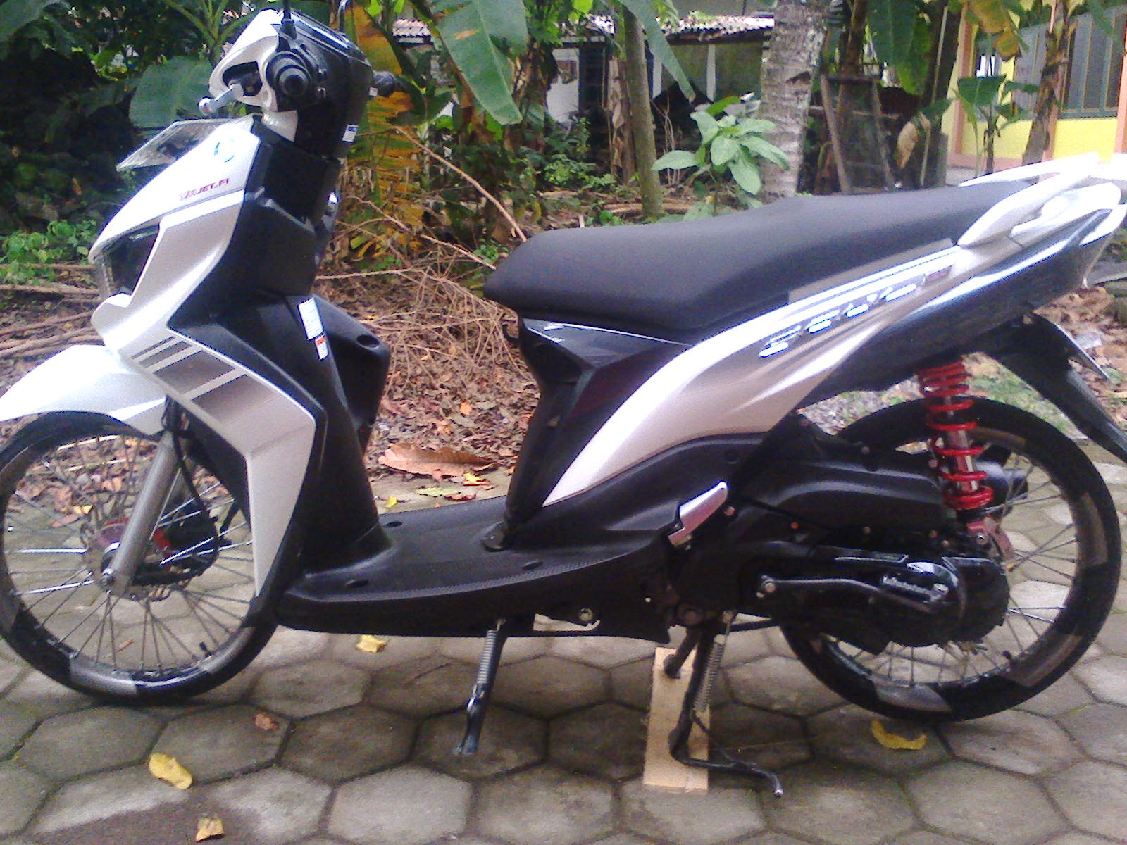 modifikasi mio soul gt warna merah