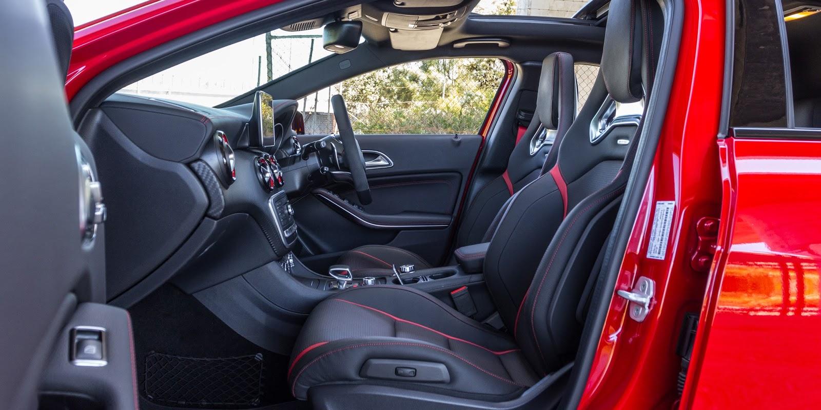 Ghế ngồi đậm chất siêu xe và đúng kiểu của những chiếc xe Mercedes AMG