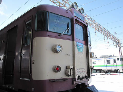 JR北海道 711-210 岩見沢駅にて その2