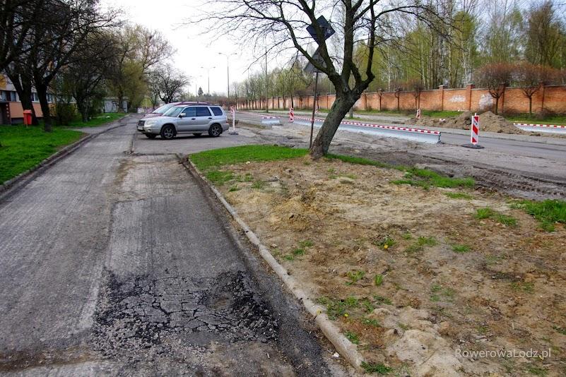 Będzie chodnik, droga dla rowerów, miejsca do parkowania i jezdnia.