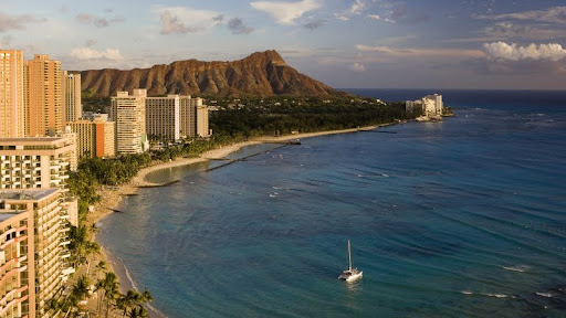 Diamond Head, Waikiki, Oahu, Hawaii.jpg