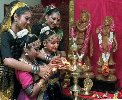 kaum di malaysia perayaan kaum india