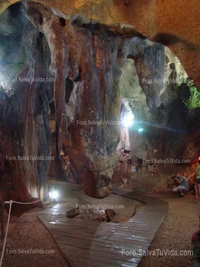 La cueva de las calaveras, Benidoleig, Alicante DSC05888