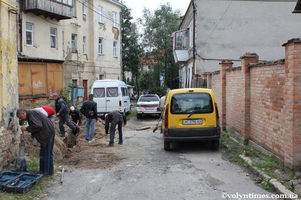 Земляні роботи на вул.Горького