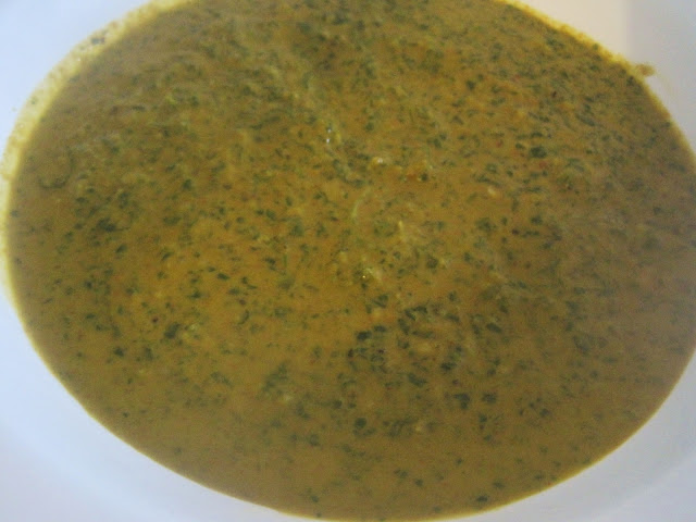 How to make Moroccan Charmoula Sauce or Moroccan Green Sauce/ Comment préparer Charmoula ou la Sauce Verte Marocaine! IMG_7545