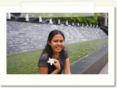 me at ayala terraces background here is the water fountain