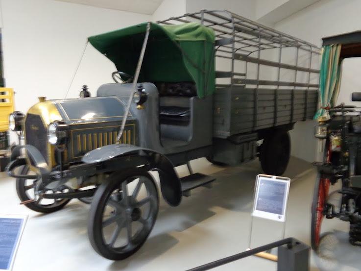 Musée de l'aventure Peugeot à Sochaux DSC01257