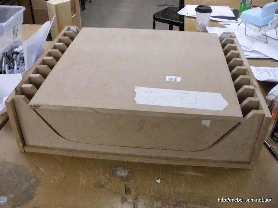 Матрица для изготовления гнутых фанерных деталей