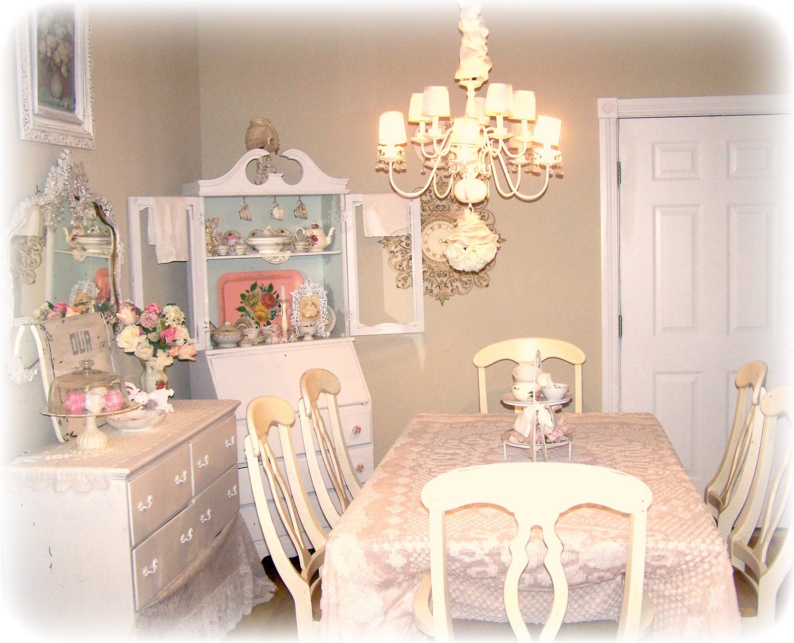 Beautiful shabby chic decorating ideas dining room light of dining room - Shabby chic dining rooms ...