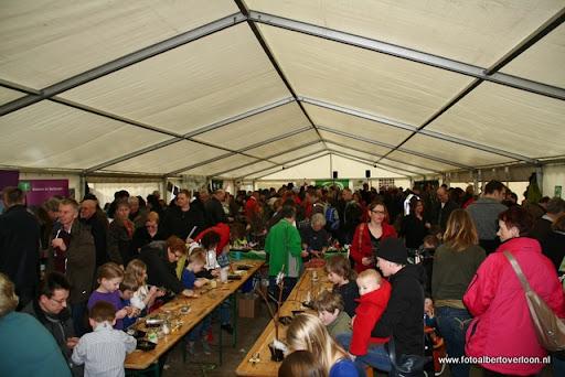 nk Maasheggenvlechten Oeffelt 11-03-2012 (41).JPG