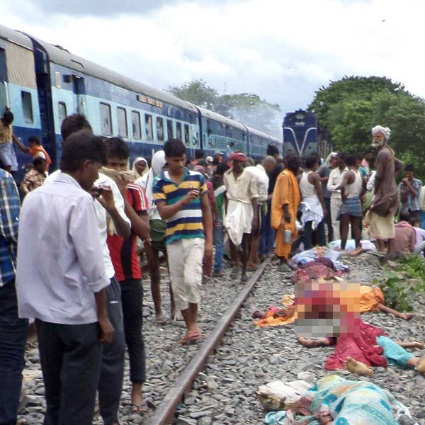 The 'kanwarias' (devotees of Lord Shiva) were on the tracks after alighting from the Samastipur-Saharsa passenger when they were run over by the Saharsa-Patna Rajyarani Express travelling at 80 kmph, officials said.