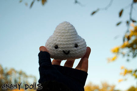 nube amigurumi broche kawaii cloud brooch crochet