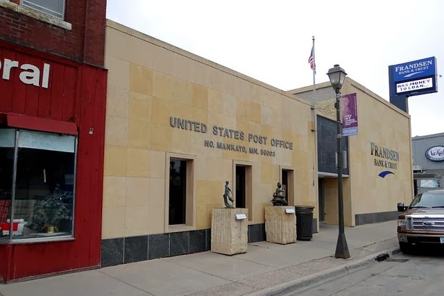 North Mankato, MN branch post office, 2012