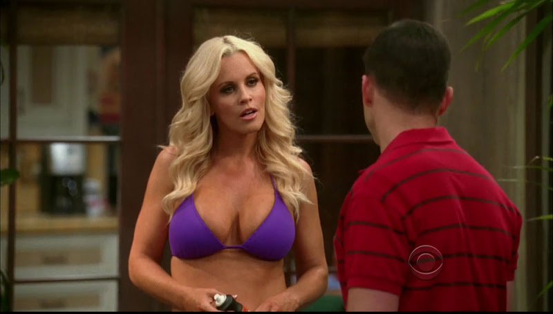KALIMASEKS: Jenny McCarthy Busts Out The Big Boobs On Two And A Half ...