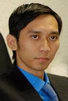 VIDEO GAMBAR IBAS UMAR MELAMAR NENIKAH DENGAN PUTRI HATTA RADJA Siti Ruby Aliya Rajasa 2011