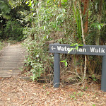 Signposted Waterman Walk (226612)