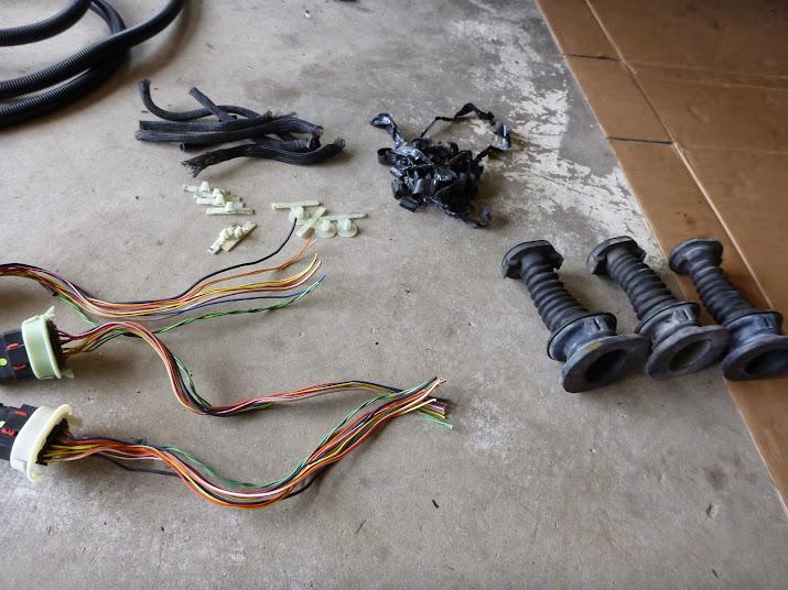 jeep wj wiring harness 1999-2004 wj driver door boot wiring fix (diy) - jeepforum.com