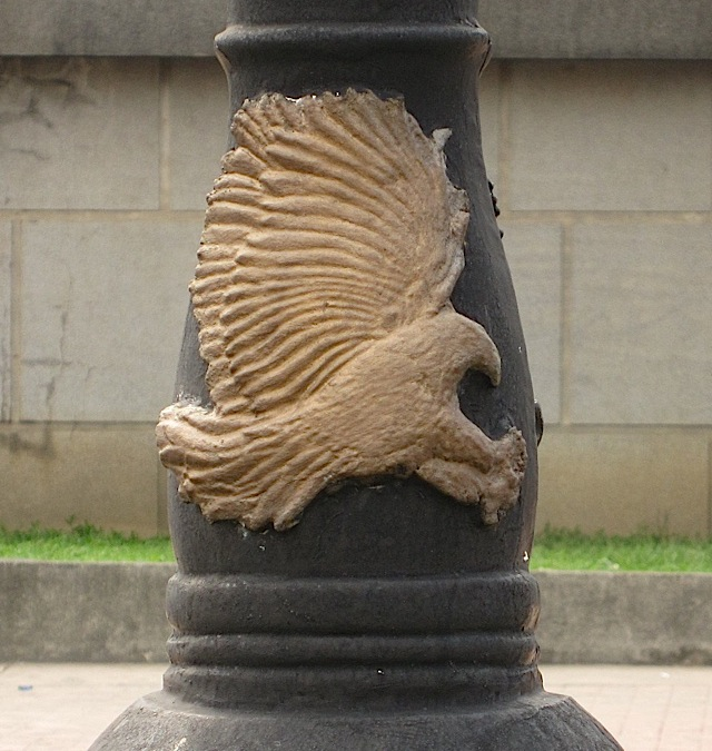 eagle decoration on a lamp post in Rizal Park