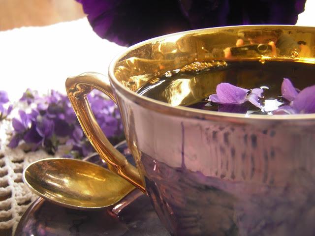 Herbata z fiołkiem