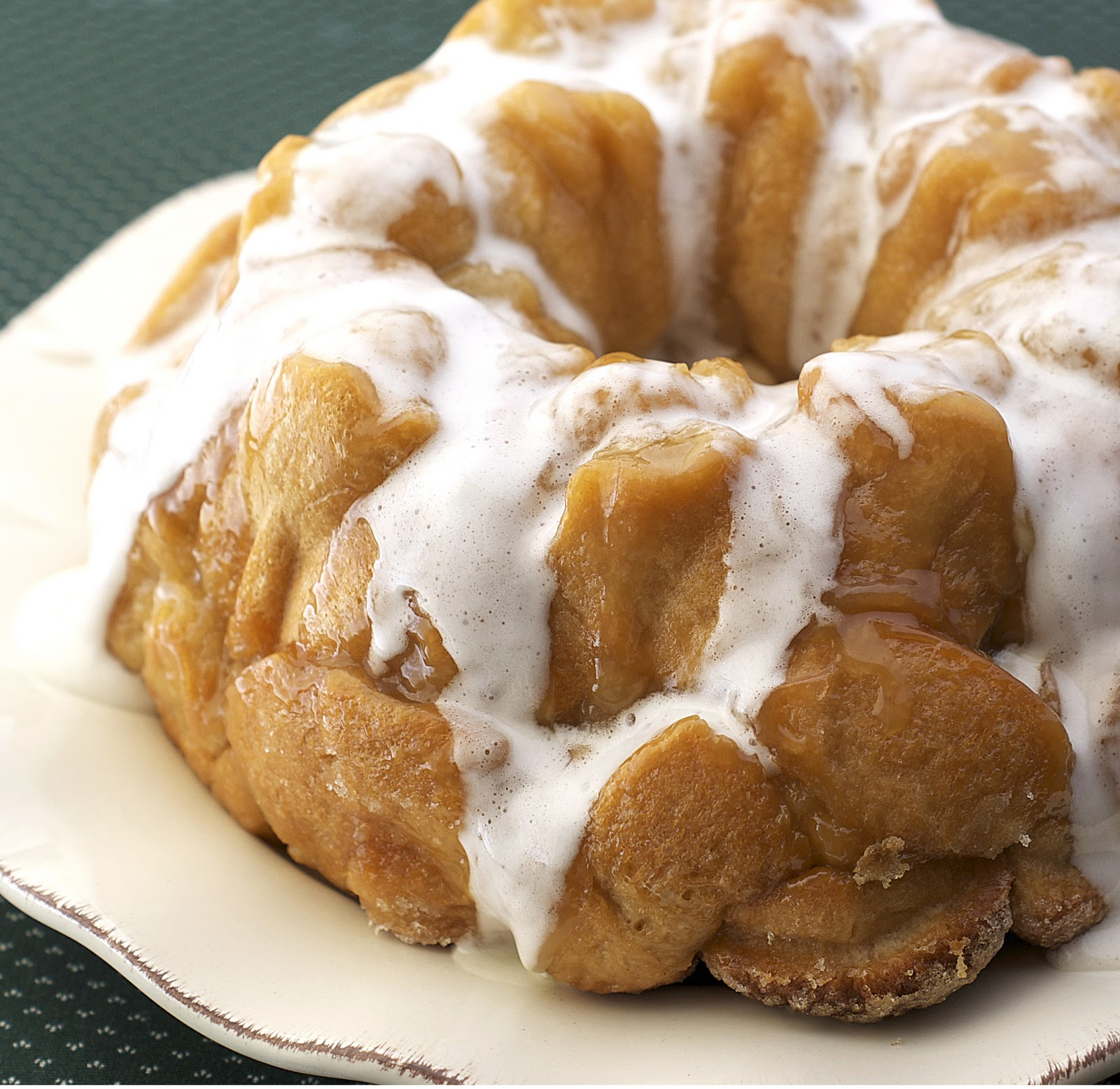 Fluffernutter Monkey Bread