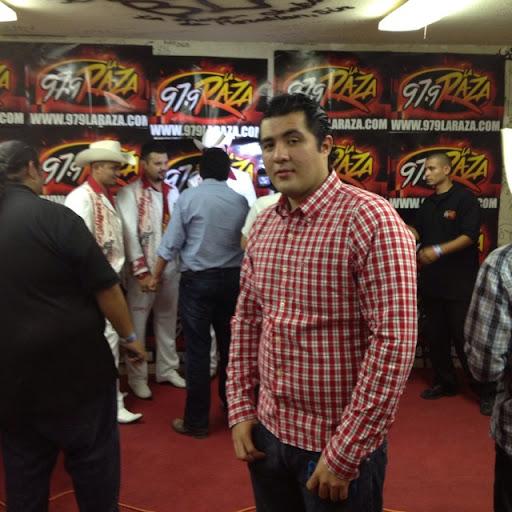 Bryan Rodriguez Photo 28