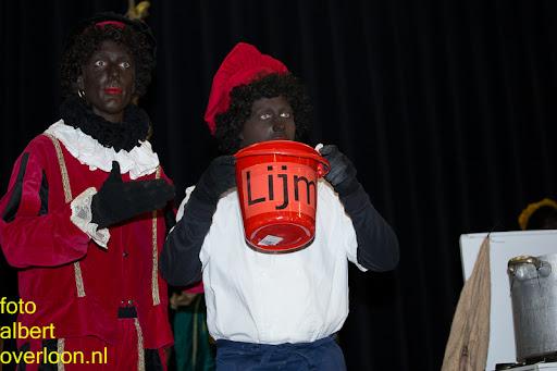 Intocht Sinterklaas overloon 16-11-2014 (70).jpg