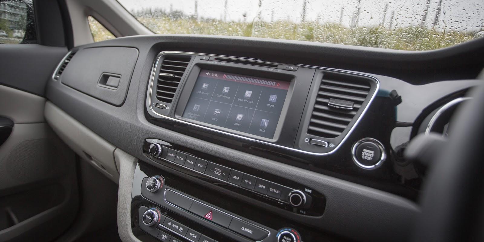 Các tính năng thông minh, định vị đều được trang bị trên xe