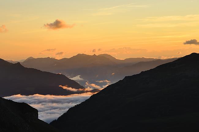 gr5-mont-blanc-briancon-col-croix-bonhomme-coucher-soleil.jpg