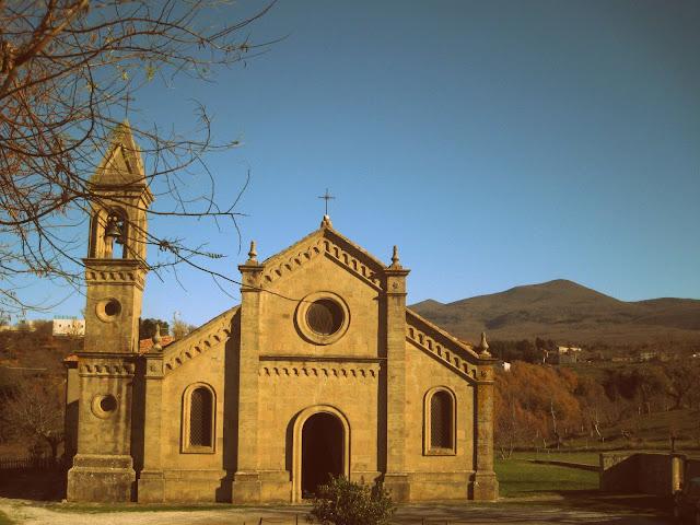 Tuscan countryside churches: La Pieve di Lamula near Arcidosso