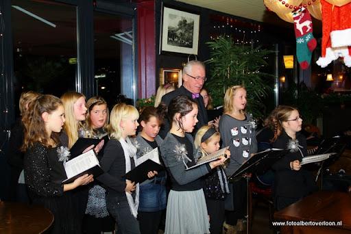 concert in kerstsfeer met cantiloon en palet overloon 13-12-2011 (14).JPG