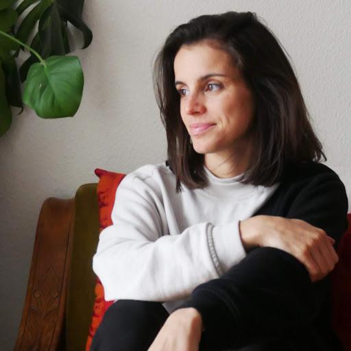 Emanuela Mendes Photo 5